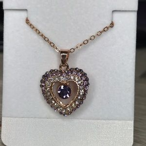 Jewelry - Stunning rose gold crystal jewelry heart necklace